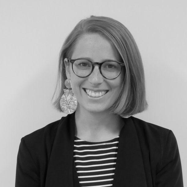 Susannah Schoeffel headshot